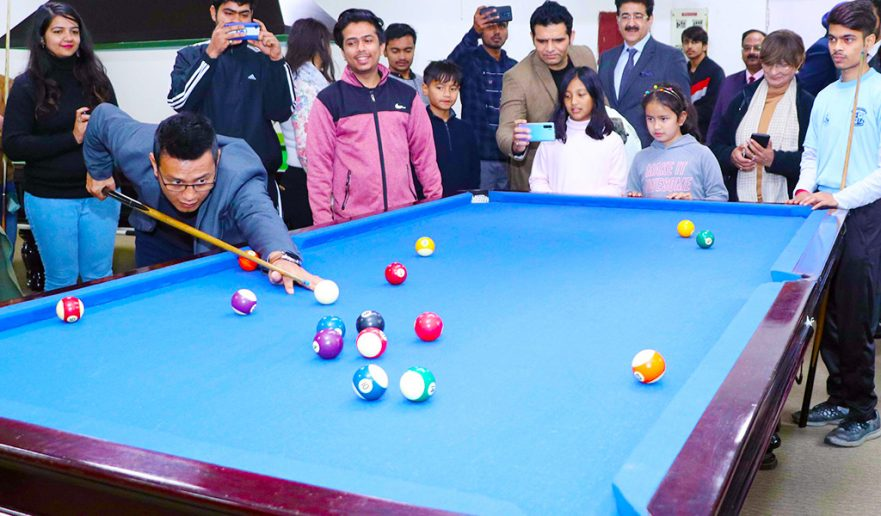 bhaichung-bhutia-at-aeg-asian-education-group-noida-pool-athleema-2020